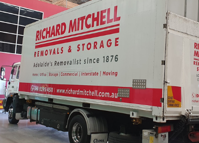 richard mitchell moving van